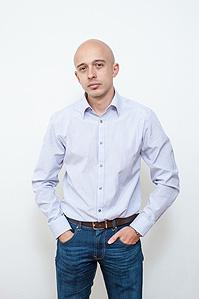 MbA. Jan Hebnar, Sinovia
